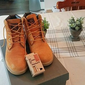 Timberland classic boots!